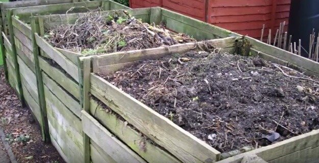 How to build a 3-bin composting system