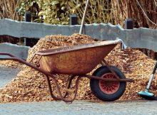 How to use sheet mulching in your garden